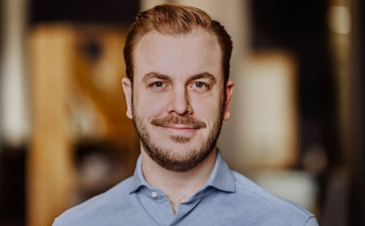 CIO Kim Felix Fomm von Raisin über die großen Fintech Trends und wie man sein Geld am besten anlegt